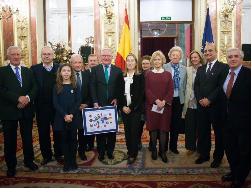 Entrega del II Premio Defensor del Pueblo a la Confederación de Salud Mental