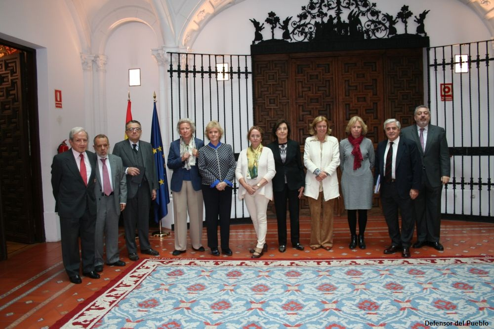 """La <strong>Confederación de Salud Mental de España, II Premio  """"Institución del Defensor del Pueblo""""</strong>"""