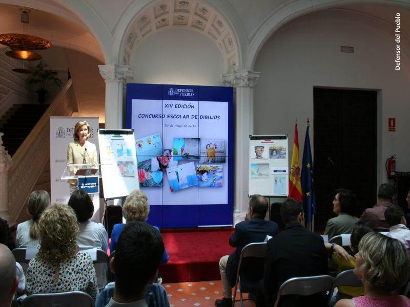Ana Luisa Delclaux, representante del patronato de UNICEF, durante su discurso en la entrega de premios