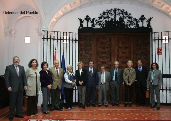 El Jurado del Premio de Derechos Humanos VII Edición en la sede del Defensor