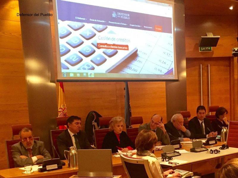 Soledad Becerril explica a la Comisión Mixta la labor de supervisión del Defensor del Pueblo en los CIE