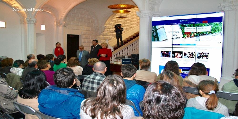 El Defensor del Pueblo celebra una jornada de Puertas Abiertas con motivo del Día de la Constitución
