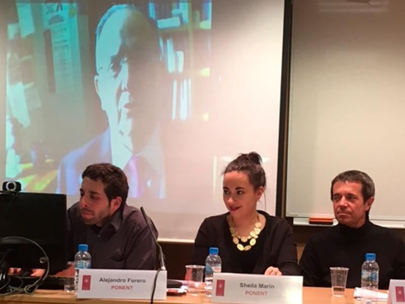 Imagen del acto.En la mesa de ponentes, vemos a Alejandro Forero (Universitat de Barcelona, Observatori del Sistema Penal i els Drets Humans), Sheila Marín (Observatorio del sistema penal y derechos humanos de la Universitat de Barcelona) y a Iñaki Rivera (profesor titular de Derecho de la Universidad de Barcelona)