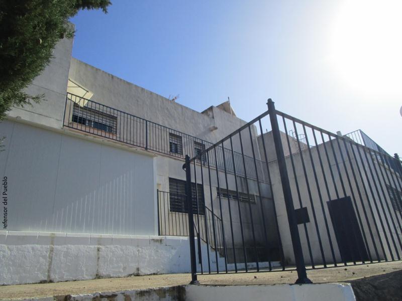 Centro de menores infractores. Exterior del edificio.