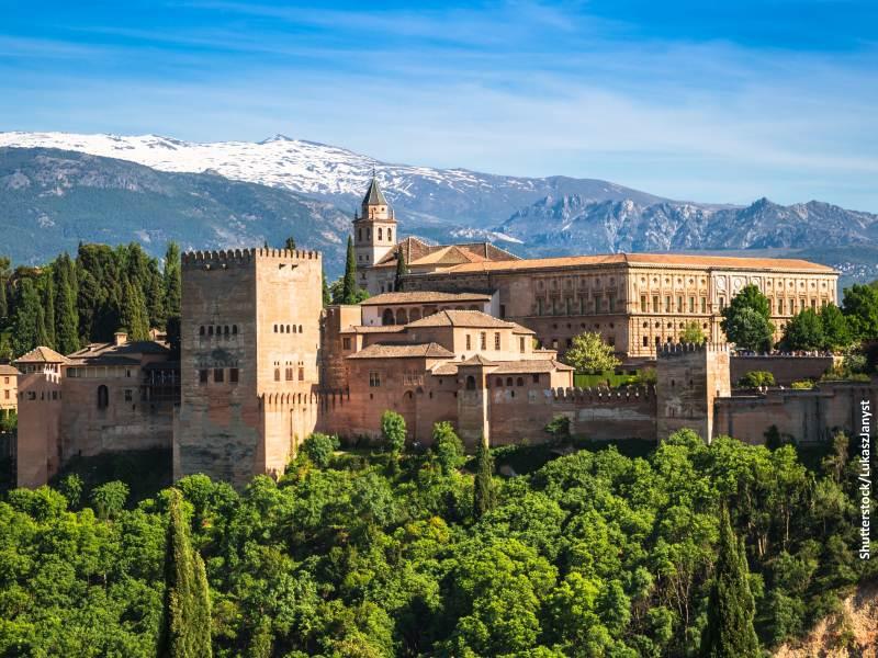 Monumento Histórico de la Alhambra en Granada