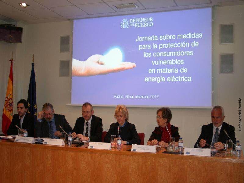 inauguración jornadas consumidores vulnerables y energía eléctrica