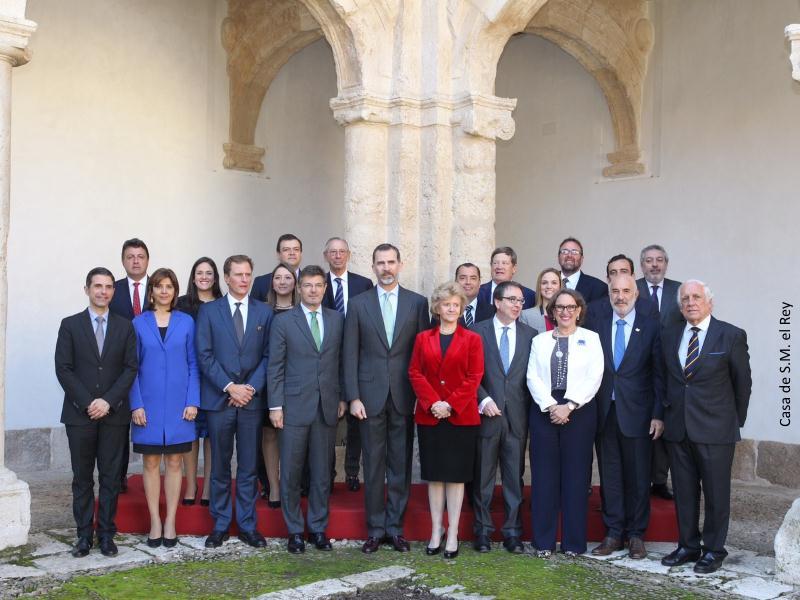 Foto de familia entrega VII Premio DDHH Rey de España