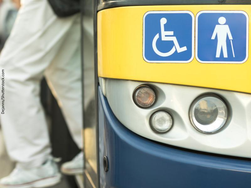 Transporte especial para personas minusvalidas y ancianos