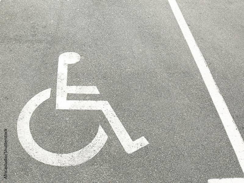 Signo de aparcamiento para minusválidos