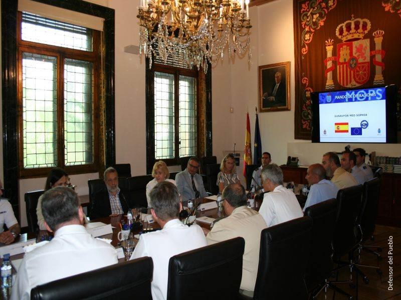 Reunión con representantes españoles de la Operación