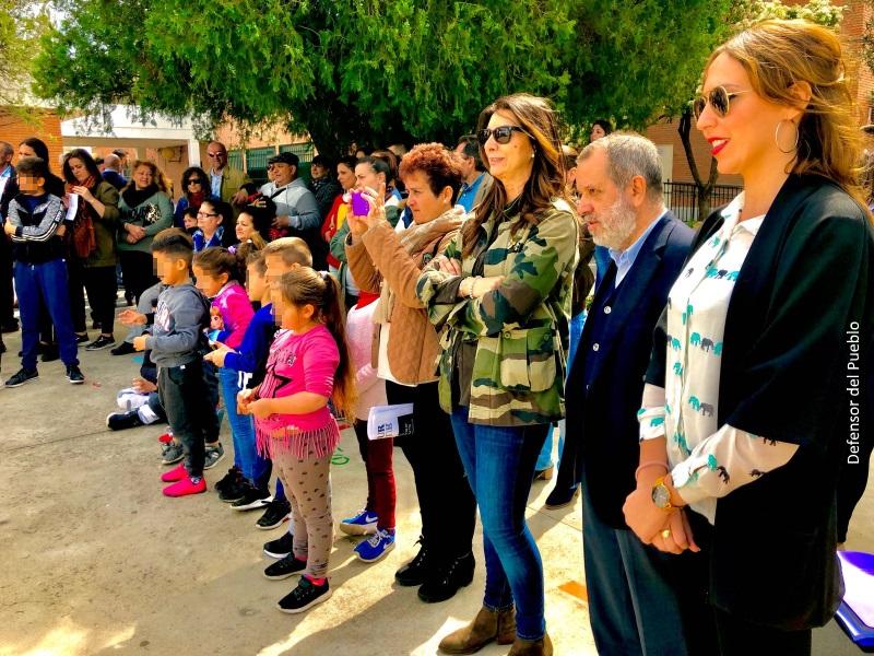 El Defensor del Pueblo (e.f.), Francisco Fernández Marugán, visita el colegio Albolafia en Córdoba