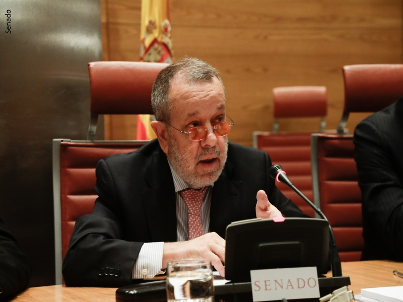 Defensor en Comparecencia Comisión Mixta