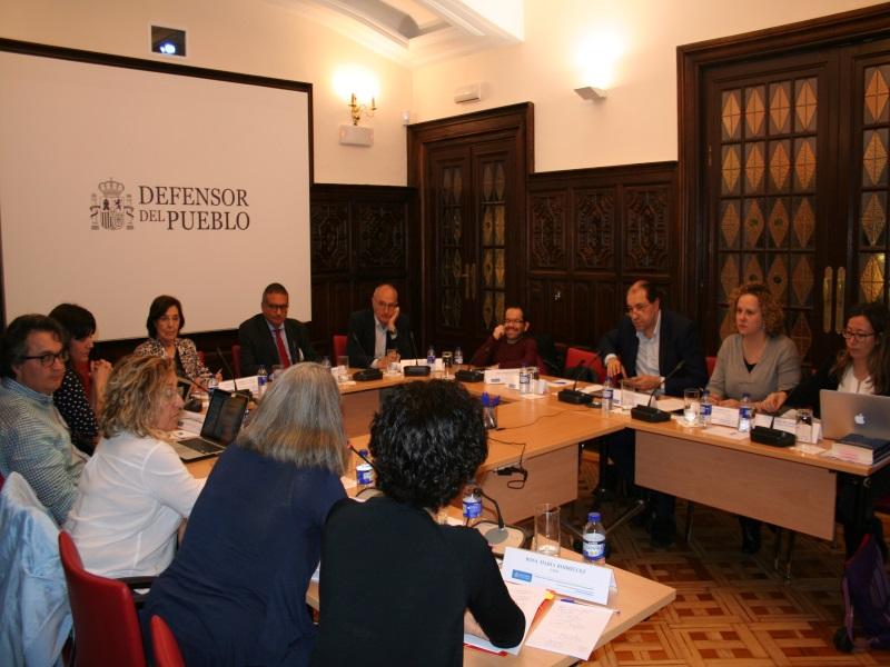 Reunión de la Adjunta Segunda, Concepció Ferrer y el Responsable de Seguridad y Justicia sobre internos de centros penitenciarios con discapacidad