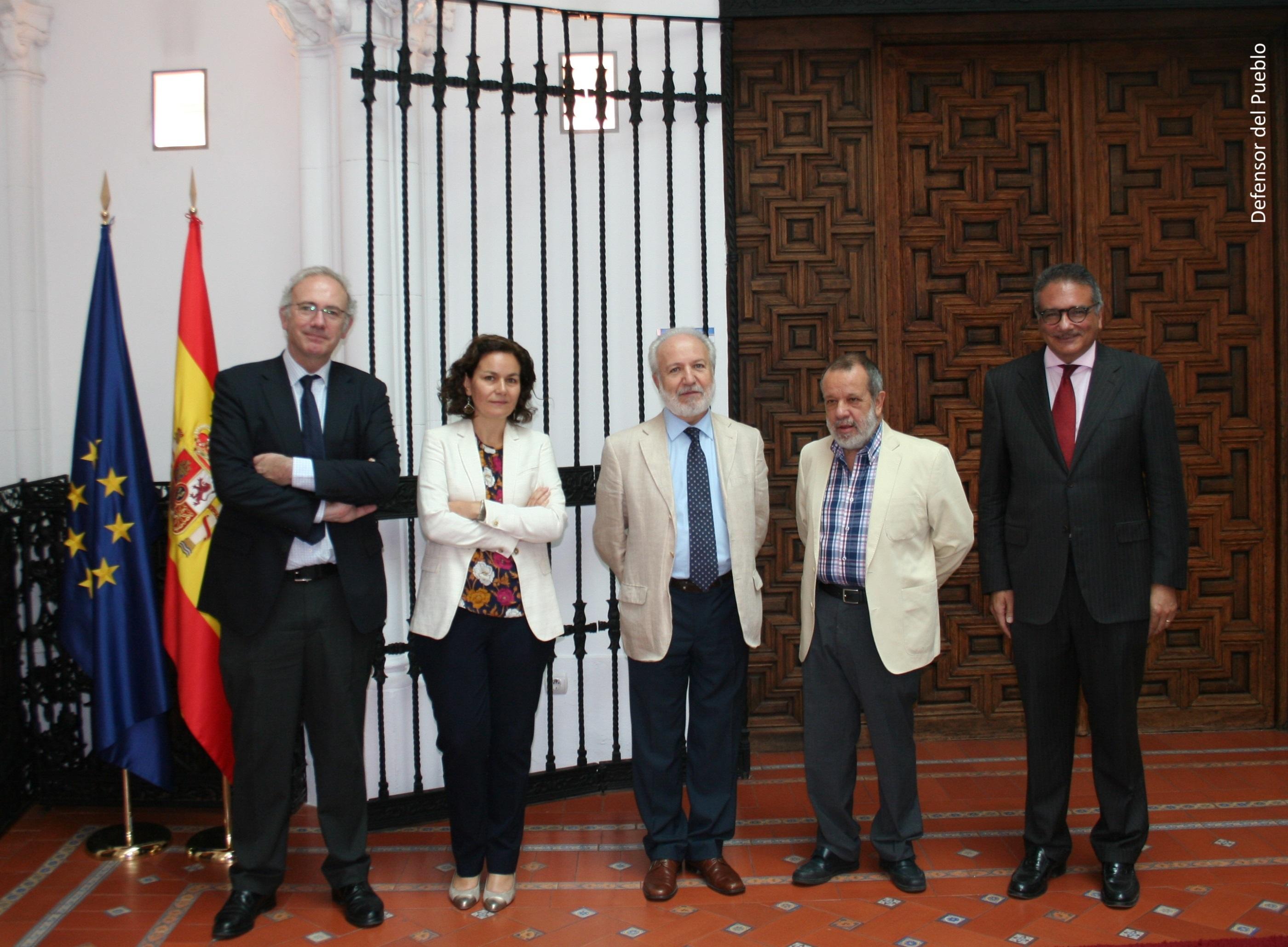 Reunión del Defensor del Pueblo (e.f.), Francisco Fernández Marugán, con el secretario de Estado de Justicia, Manuel Dolz