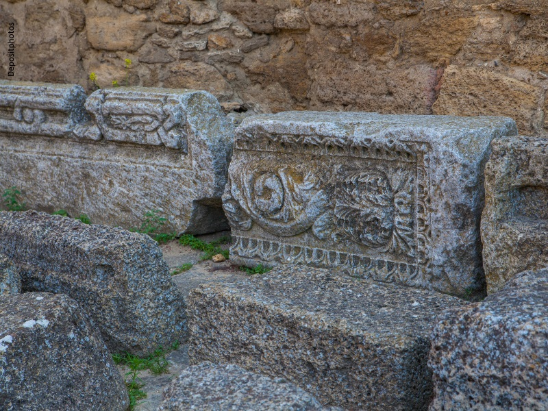 Piedras talladas de ruinas arqueológicas