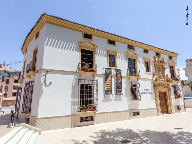 Exterior del museo arqueológico de Lorca (Murcia)