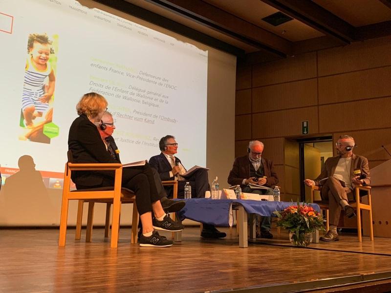 Ponentes durante Conferencia de la Universidad Libre de Bruselas