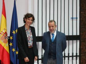 El Defensor del Pueblo (e.f.), Francisco Fernández Marugán y la Representante de ACNUR en España, Sophie Muller