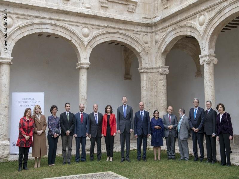 Foto de grupo de la celebración de la VIII los Premios Derechos Humanos Rey de España