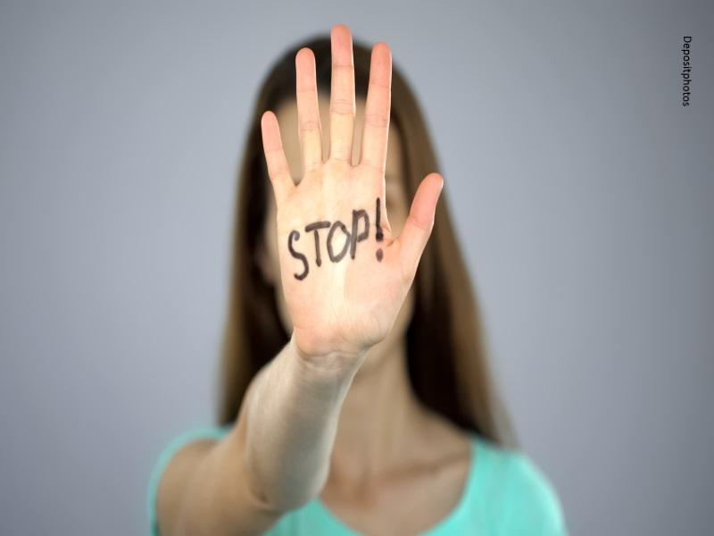 Mujer dice no al acoso
