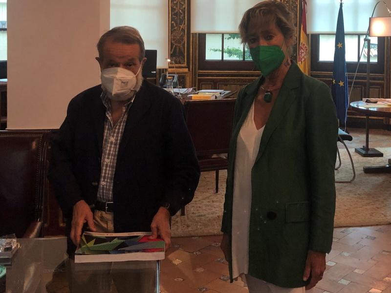 Reunión del Defensor con la presidenta de la Abogacía
